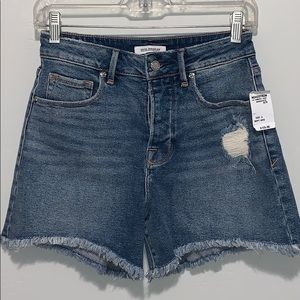Good American -  Shorts